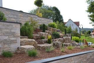 Gestaltungsbeispiele garten landschaftsbau christopher for Gartengestaltung ohne geld